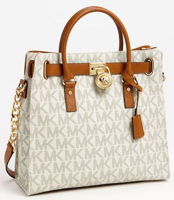 Want this bag...but in a different color!