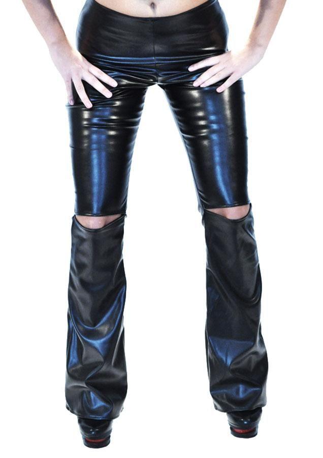 Pantalon Dama Vintage  Pantaloni dama cu taietura sexy. Model evazat in partea de jos, cu taieturi in zona genunchilor.  Detaliu - elastic in talie si fermoar in lateral.     Compozitie: 100%Poliester