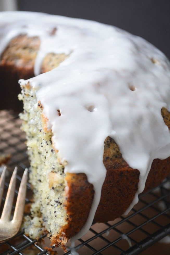 Grapefruit and Poppy Seed Cake