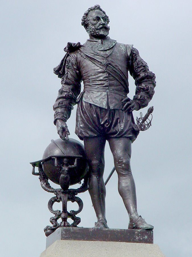 Sir Francis Drake statue