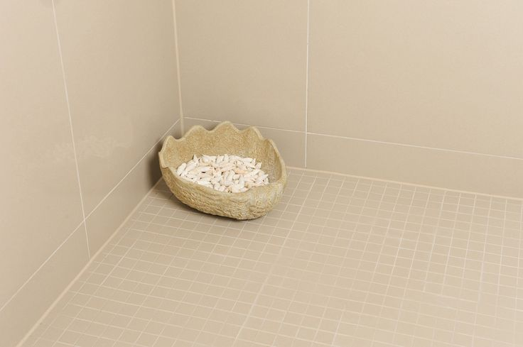 Minoli Tiles - Evolution Iconic - If you want to have a good grip on your #showerfloor, there are different ways to do so, one is to use #matt #mosaics. With the grout lines, the grip is slightly bigger, having a better slip resistance. Look at this example, #Iconic #Almond Mosaic Matt by #Minoli. Tiles: Iconic Almond Mosaic Matt 30x30 cm - https://www.minoli.co.uk/tiles/iconic-almond/ -  #minolitiles #porcelain #tile #porcelaintile  #porcelaintiles #plain #concreteeffect #concretelook…