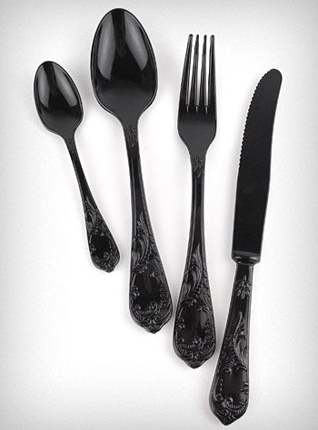 Noir Extravaganza Cutlery set — reusable, washable plastic flatware (4 place settings)