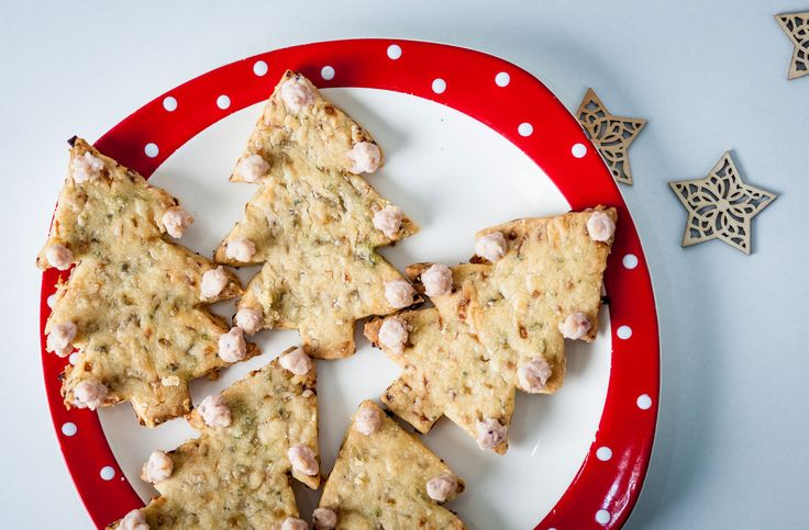 Alyn Williams' sage and onion Christmas tree shortbread with cheddar and cranberry baubles | Tesco Real Food