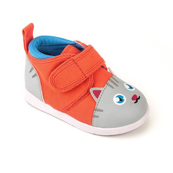Chairman Meow Kitty Cat Squeaky Shoes for Toddlers