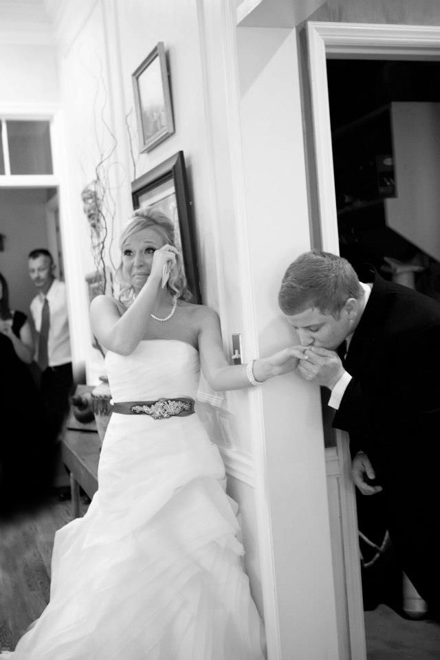 Without taking a peek, they exchanged letters --- the groom kissed his bride's hand before meeting her at the alter :)
