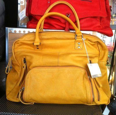 Macy-nat-et-nin-jaune yummy coloured leather bags