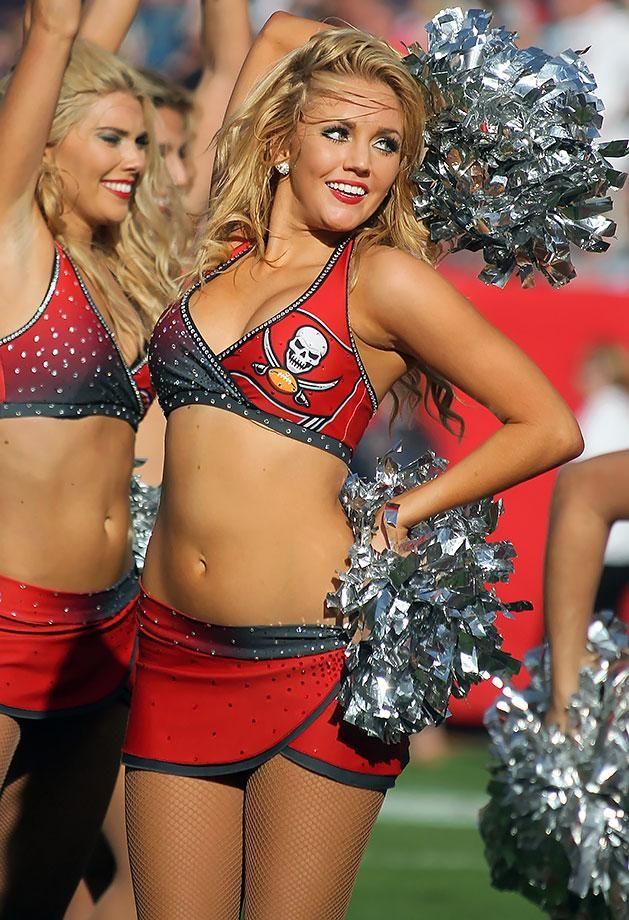 ... | Miami dolphins, Washington redskins and Texans cheerleaders