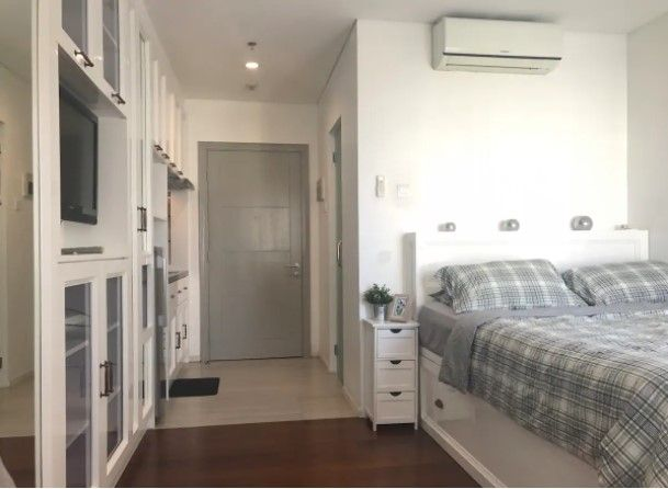 Bright Charming Studio In Thamrin Cbd A Apartments For Rent In Jakarta Pusat Jakarta Indonesia One Bedroom Apartment Finding Apartments Rent Studio