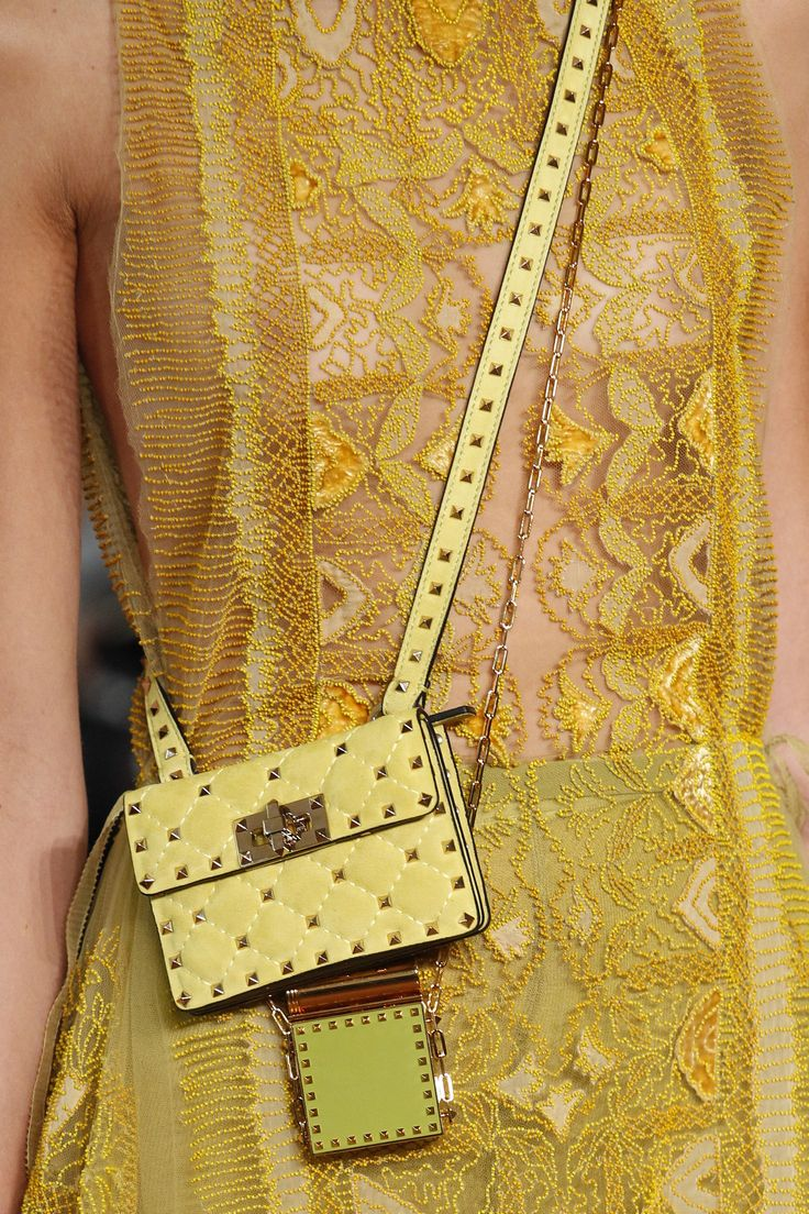 shoes 2015 zoom Valentino Spring 2017 Ready to Wear Collection Photos   Vogue