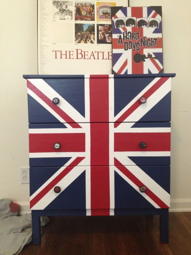 British rock themed dresser for boys room  The knobs are of different  British rock bands. Best 25  British themed rooms ideas on Pinterest   British bedroom