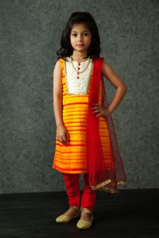 Embroidered kurta highlighted with contrast buttons from #Benzer #benzerworld #kidswear #summewear