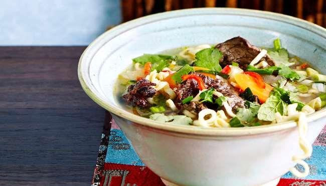 Vietnamilainen pho-keitto - K-ruoka