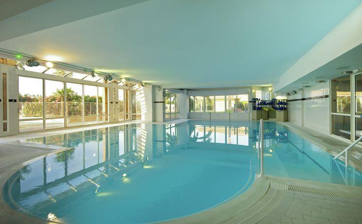The inside swimming-pool @ Mercure Thalassa Port Fréjus #CoteDAzur #France