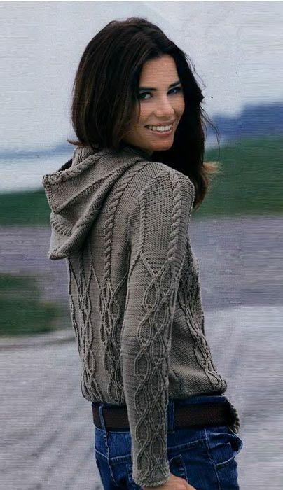 ..Узоры с ромбами, косами и жаккардовые бордюры способствуют созданию модных моделей для активного отдыха...Короткий пуловер с выразительными рельефными узорами. На гладком вязаном полотне из мериносовой шерсти вырисовываются ромбы, переходящие в...
