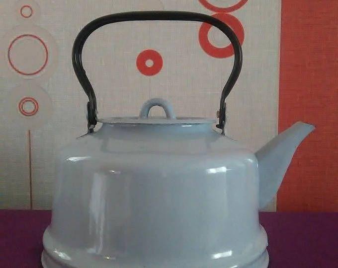 Древний эмалированный чайник, 1950. Синий чайник, чайник из СССР, антикварный чайничек. Декор загородного дома.