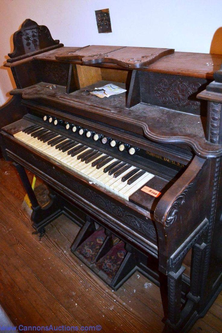 Pump Organ by W.W. Putnam & Co., Staunton, VA. Bids close Tues, 29 Nov from 11am ET.  http://bid.cannonsauctions.com/cgi-bin/mnlist.cgi?redbird86/100