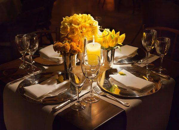 em azul e amarelo de camila k flores e festas clássico noivas