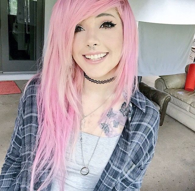 Sequencia de cabelos coloridos com a _Leda fuck linda do caralho Muir <na boa, cuidado pra nao se apaiixonar> ♥   ♥_ #TeuCrush @MeeErree _♥_  #Beautiful ▼ #Girl ▼ #MakeUp with #Long #Pink #Hair ▼ #Pretty ▼ #Beauty ▼ #Grunge ▼ #Goth ▼ #Scene ▼ #Pastel ▼ #Style ▼ #Tumblr ▼ #Ideas ▼ #Different #Colors ▼ #Styliish ▼ #Leda #Muir com #Cabelo #Rosa