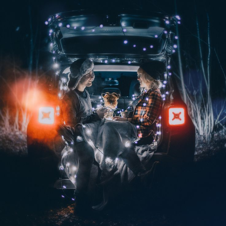 #light #winter #photoshoot #photography #jeep #couple