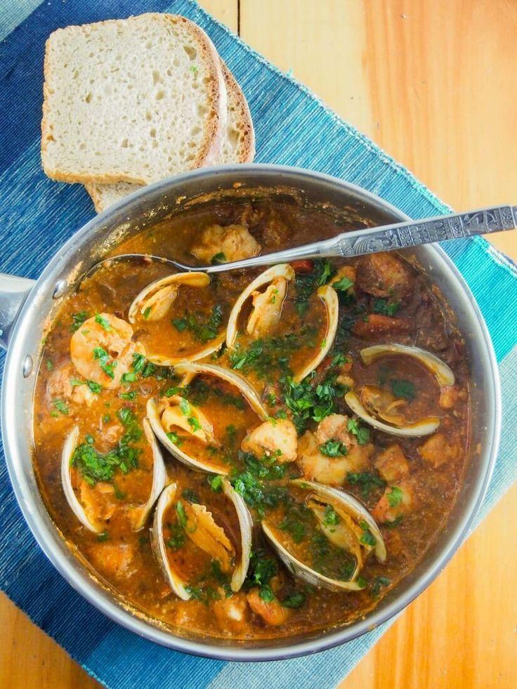 Romesco de peix, Catalan fish stew #Spanish [+ground almonds, saffron, fennel seeds, white wine, Spanish sweet paprika, peppers, tomato, garlic, bayleaf, ground hazelnuts] [clams, monkfish]
