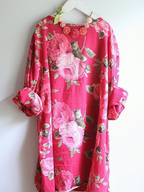 Easy Over Sized Brilliantly Blossomed Long Sleeved Linen Shift with Fun Floral Necklace.