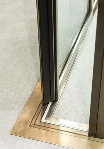 Secco; EBE85 thermal break system sliding doors, brass #detail #threshold