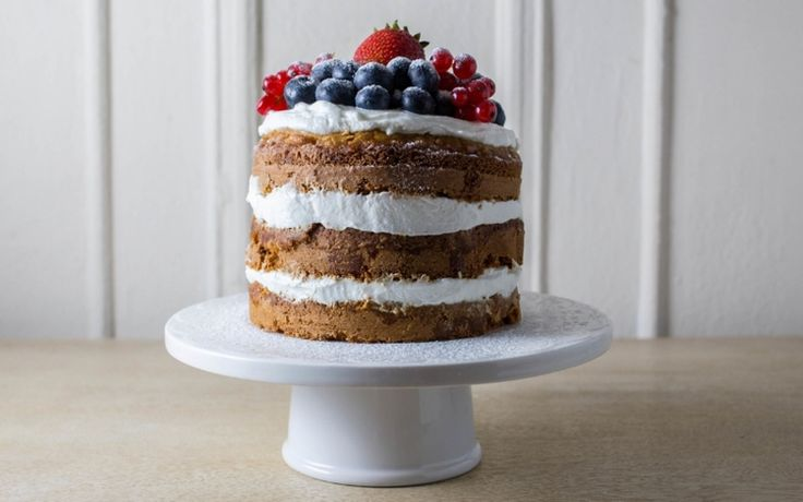 First birthday Honey Oat Smash Cake with Yogurt Frosting - great idea! For frosting though I use plain greek yogurt mixed with fruit spread.
