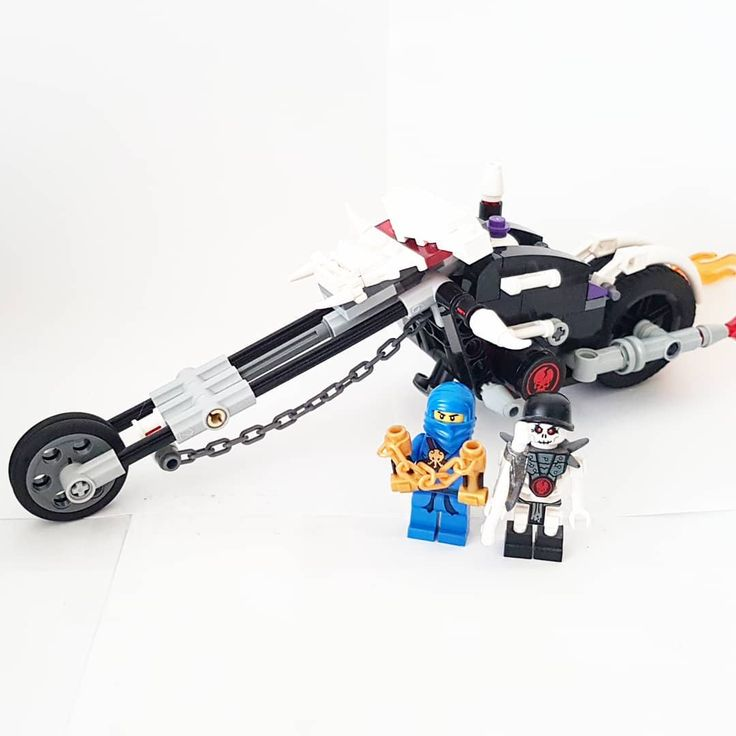 2259- Skull Motorbike (2011). Day #16  #lego #legoninjago #ninjago #legomoc #moc #legoaustralia #australia #legoaddiction #afol #toy #toys #legodeal #awesome #cool #whatadeal #nexoknights #legostarwars #starwars #legobatman #thelegobatmanmovie #batman #bigw #bionicle #thelegoninjagomovie #ninjago2017 #2017 #legobuild #build