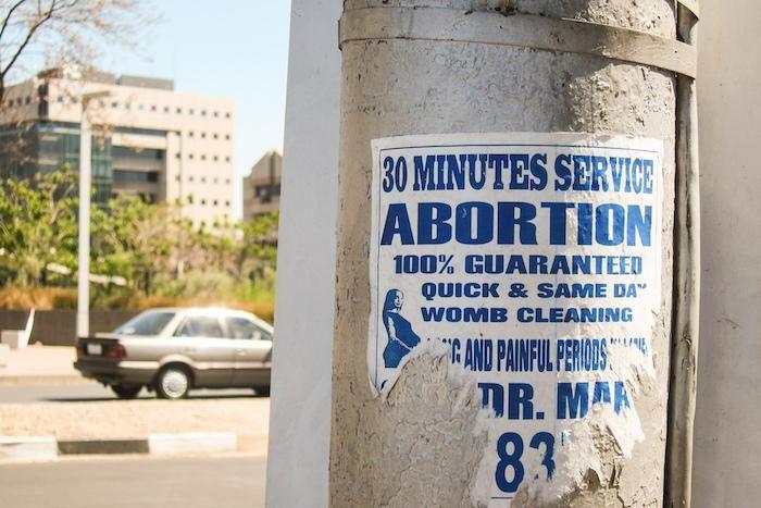 #Un avortement sur deux pratiqué dans des conditions risquées - Pourquoi Docteur ?: Pourquoi Docteur ? Un avortement sur deux pratiqué dans…