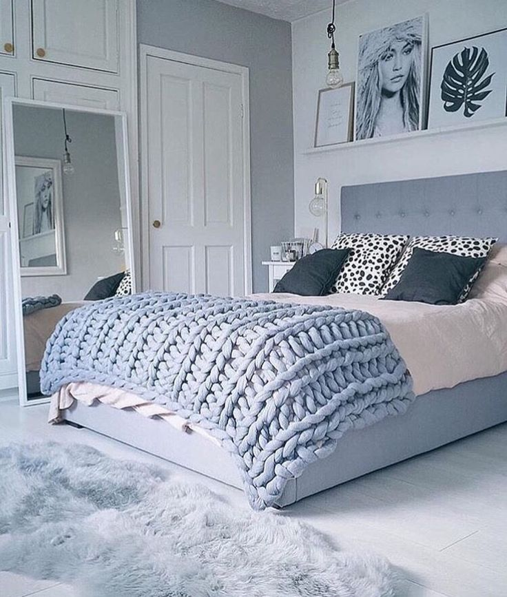 Obsessed with Immy + Indi #bedroom Gimme Gimme! #prettyperfecthome…