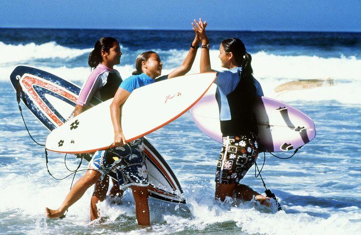 rip girls 2000 | Surfer Girls Rip Girls, USA 2000 Fotoshow abspielen