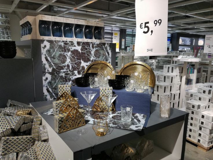 #IKEA #IKEAcatalog #IKEA2018 #homedesign #interiors #events #IKEANewsTour #collection #IKEAcatalog2018 #gold #copper #blue #glasses #homedecor #tropical