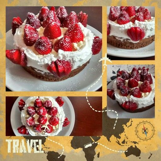 Torta brownie con crema y frutillas