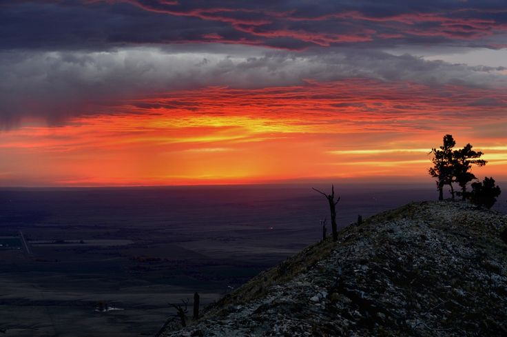 Gorgeous Sunrise From The Summit Of Bear Butte, Sturgis, South Dakota [6016x4000] [oc]