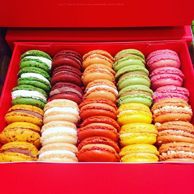 New box of macarons #chocolate #mint #passionfruit #vanilla #chocolate #caramel #lemon #pistachio #strawberry #nuts #ten #flavors