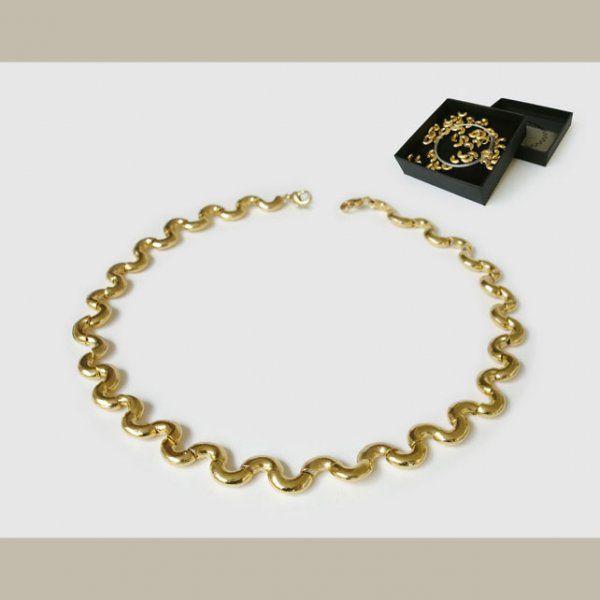 Perles design pour collier à monter soi-même.