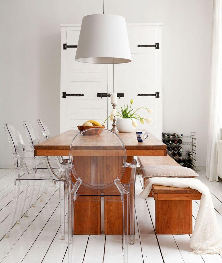 Teak dining table and transparant chairs   Styling @fransuyterlinde   Photographer Jansje Klazinga   vtwonen April 2011