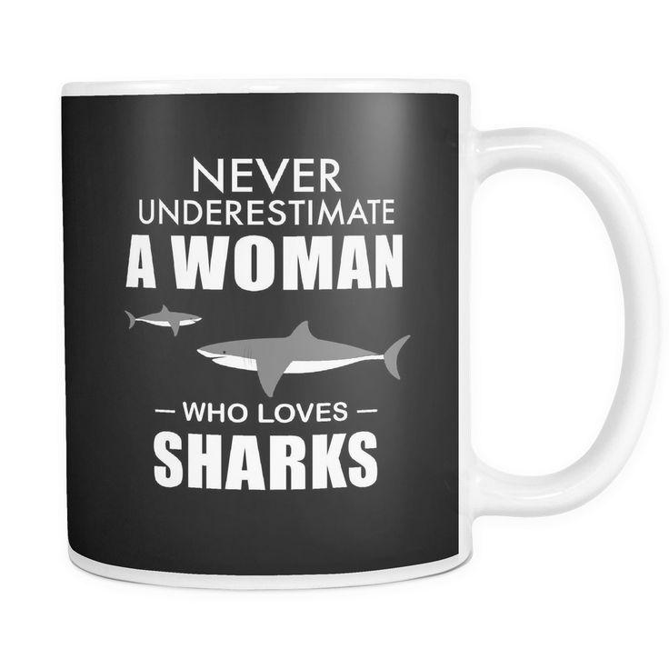 MUG - WOMAN WHO LOVES SHARKS SCD2003