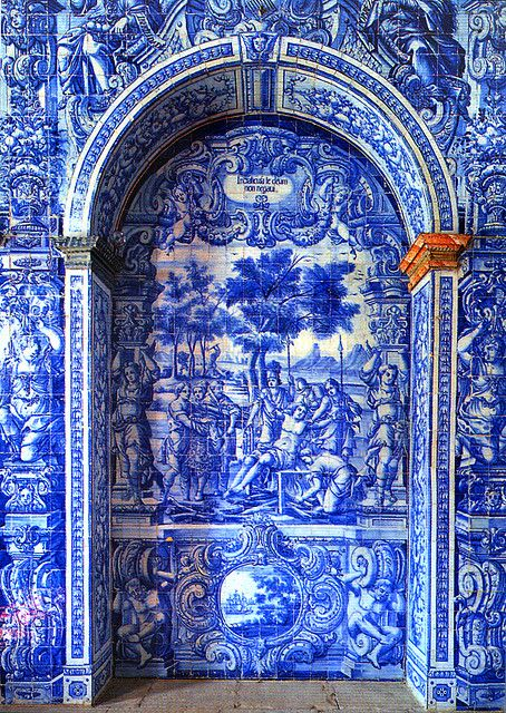 This hand painted tiles remind me some much of #heritage pieces from @bocadolobo   Tiled Portico, São Lourenço, Portugal~