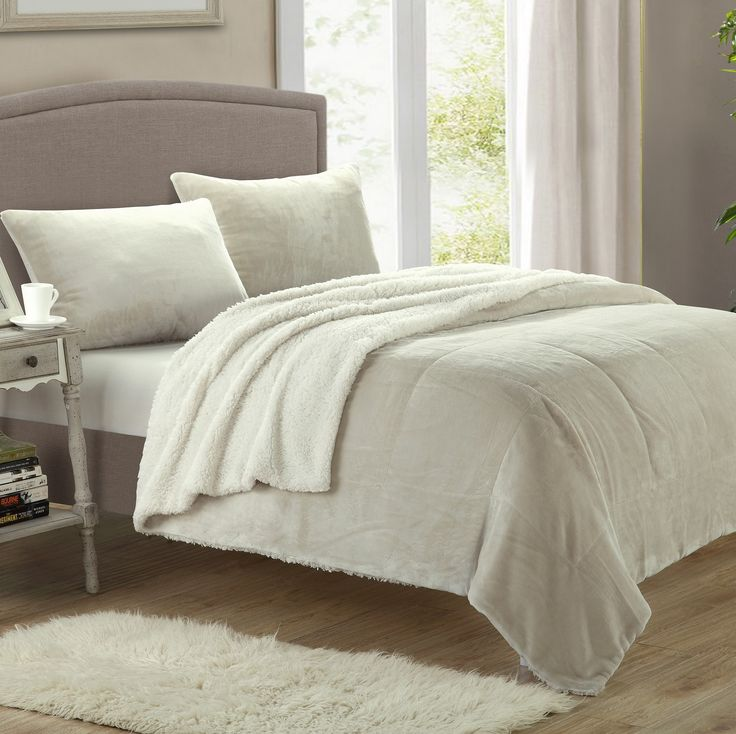 Evie 2 Piece Twin XL Comforter Set