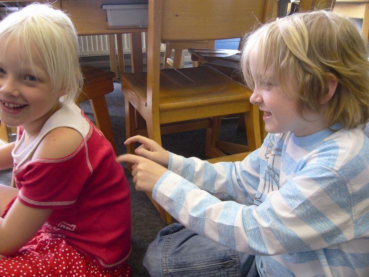 Ontspanning in de klas - Dossiers - leraar24, kindermassage is geweldig, leuk en zinvol