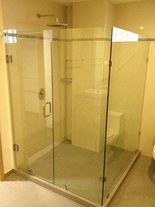 Cancel de baño de cristal templado 10 ml claro.