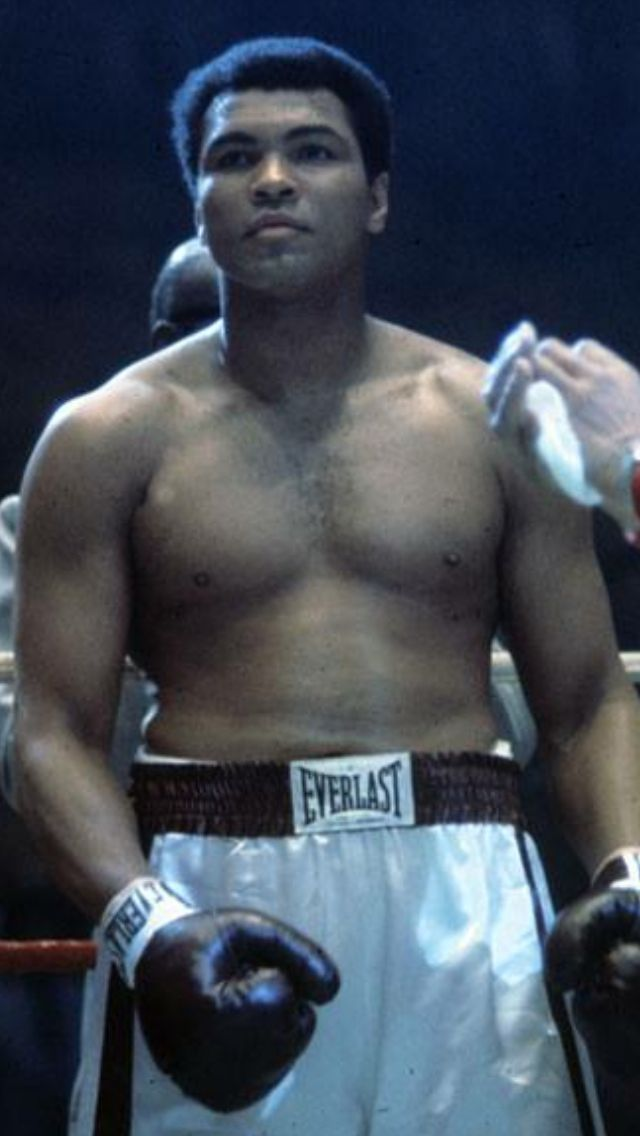 Ready to Rumble Muhammad Ali.....