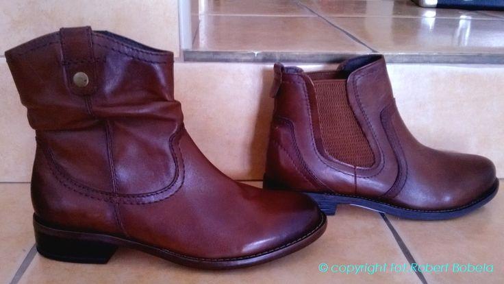 Jak zwykle nieśmiertelnie modny kolor to czarny, herbaciany i brązowy. http://zebra-buty.pl/nowosci?1=-1&2=-1&3=-1&4=-1&5=6&6=-1