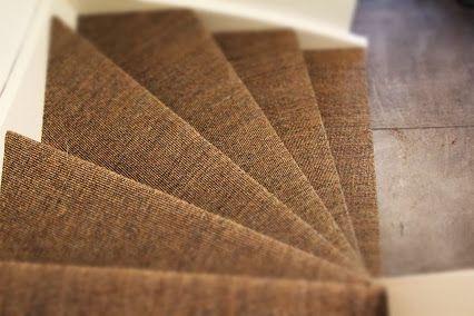 Jeroen Verhouden - Google+ | Met sisal als trapbekleding heeft u jarenlang plezier zonder dat er enige slijtage zal zijn. Sisal is veel sterker dan de meeste tapijtsoorten. Laat uw trap bekleden met sisal, dit geeft een natuurlijke en robuuste uitstraling.
