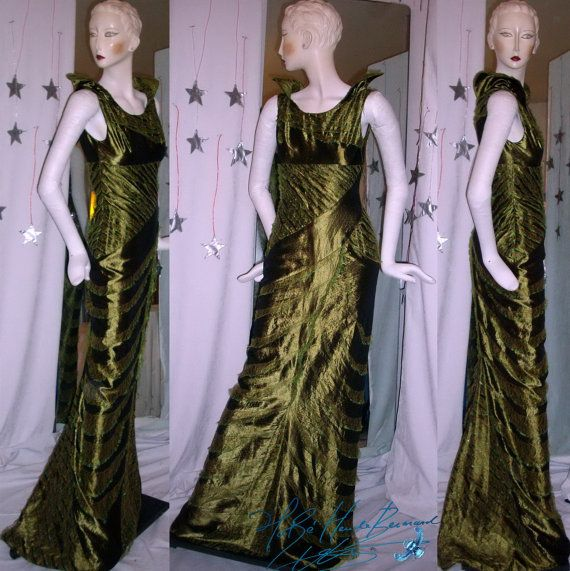 dress of collection high-seam asymmetrical cut taffeta green