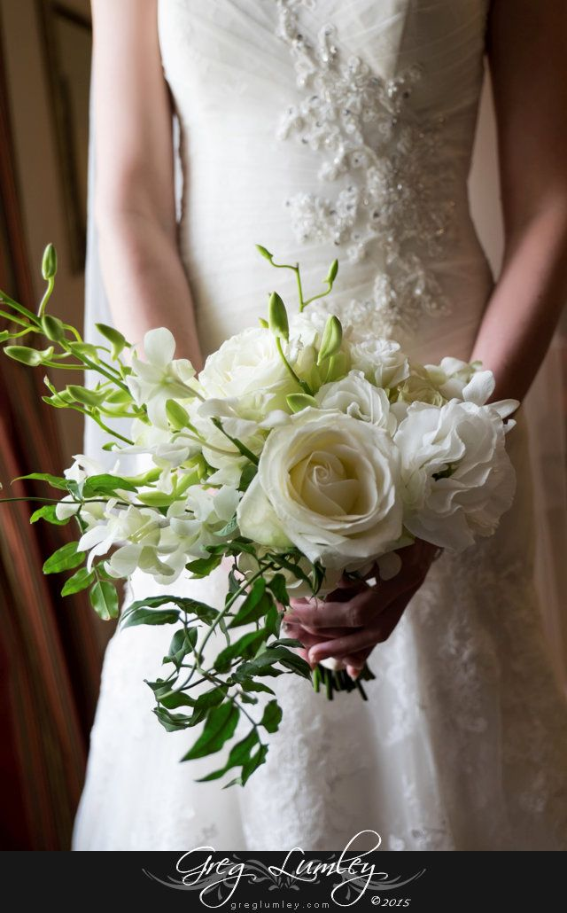 White rose bridal bouquet, simple and elegant