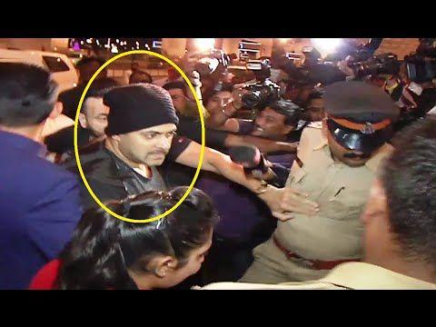 SULTAN Salman Khan at Mumbai Airport leaving for IIFA Awards 2016.