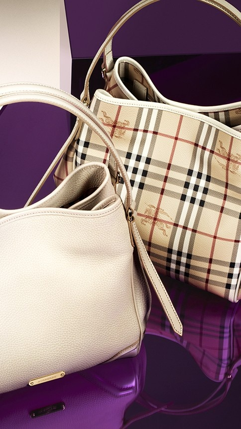 Effortless Burberry totes in cotton gabardine and classic Haymarket check from the Burberry S/S13 accessories collection