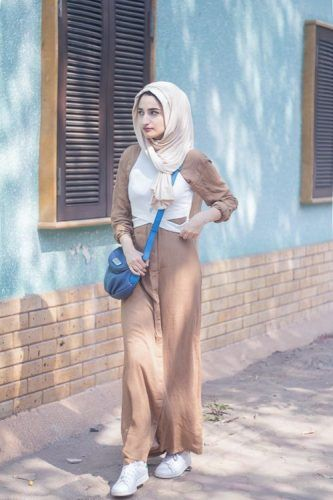 beige tan hijab outfit- Neutral hijab outfit ideas http://www.justtrendygirls.com/neutral-hijab-outfit-ideas/